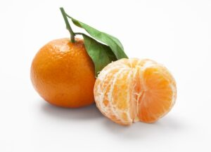 12894419 Mandarine Isolated On White